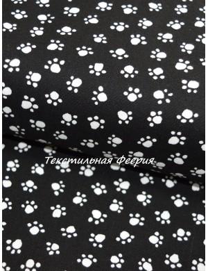 Ткань 100 % Хлопок, Лапки на черном фоне, Плотность 150 г/м2 , ширина 110 см