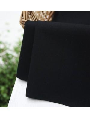 Ткань 100 % Хлопок, Черный однотонный, Плотность 155 г/м2, ширина 110 см.