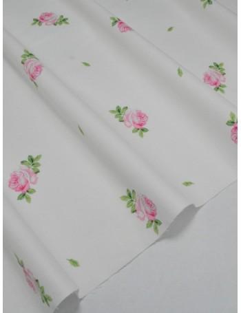 Ткань 100 % Хлопок Розовые бутоны роз на белом фоне 130 (г/м2), ширина 110 см.