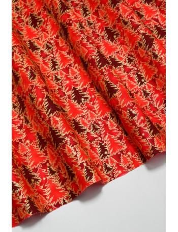 Ткань 100 % Хлопок Ёлки с глиттером на красном фоне 125 (г/м2), ширина 110 см. Размер рисунка 2 см.