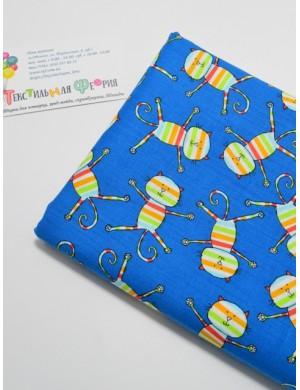 Ткань 100 % Хлопок, Радужные коты на синем фоне, Плотность 150 г/м2 , ширина 110 см.