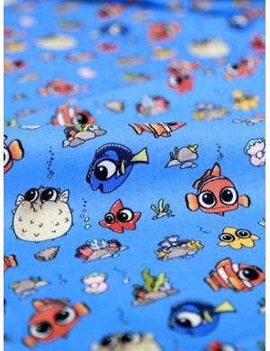 Ткань 100 % Хлопок, Рыбки на синем фоне , Плотность 150 г/м2 , ширина 110 см
