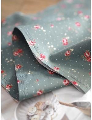 Ткань 100 % хлопок, Розочки на сероголубом фоне , Плотность 130 г/м2, Ширина 110 см.