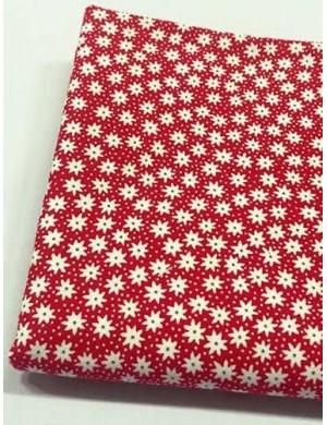Ткань 100 % Хлопок, Белые ромашки на красном фоне , Плотность 155 г/м2, ширина 110 см.