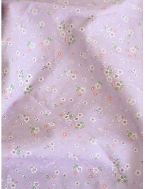 Ткань 100 % Хлопок, Цветы на нежно-сиреневом фоне , Плотность 155 г/м2, ширина 110 см.