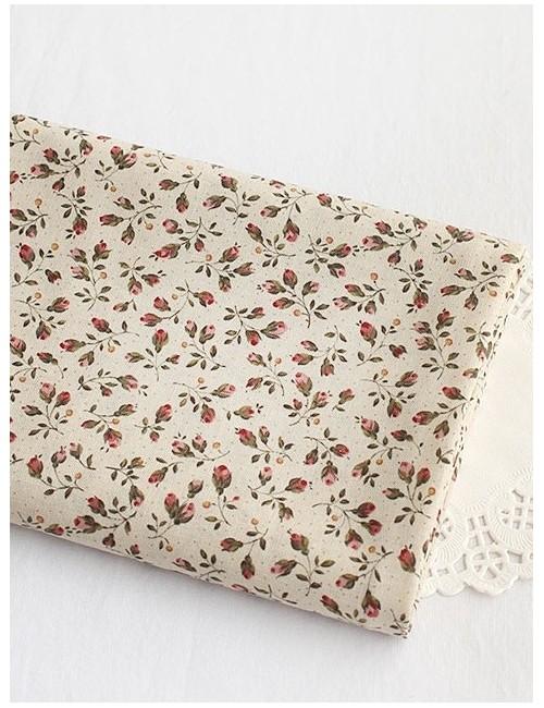 Ткань 100 % Хлопок, Бутоны роз на белом , Плотность 155 г/м2, ширина 110 см.