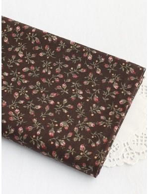 Ткань 100 % Хлопок, Бутоны роз на коричневом , Плотность 155 г/м2, ширина 110 см.