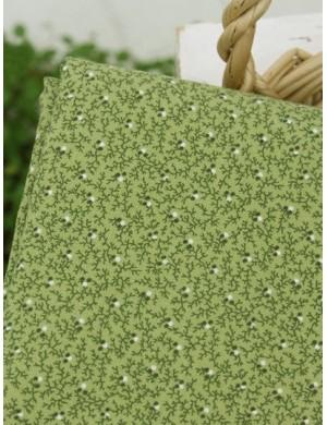 Ткань 100 % Хлопок, Ветки на зеленом фоне , Плотность 155 г/м2, ширина 110 см.