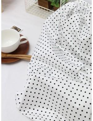 Ткань 100 % Хлопок, Черный горох на белом фоне , Плотность 155 г/м2, ширина 110 см.