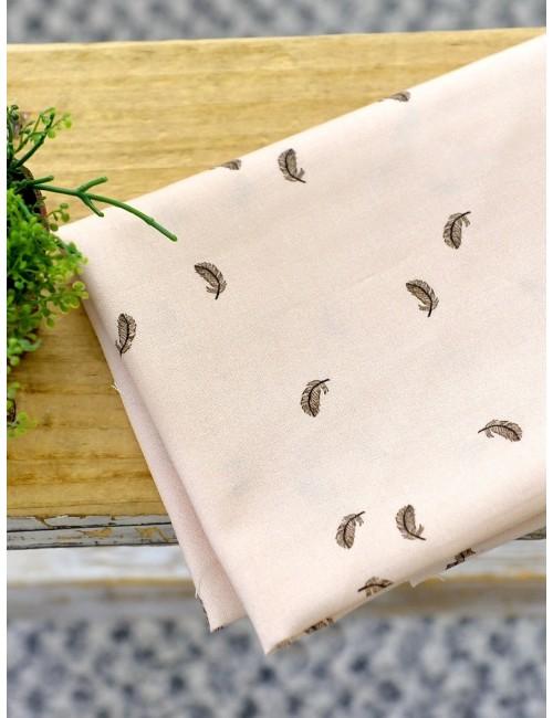 Ткань 100 % Хлопок, Перя на розовом, Плотность 155 г/м2, ширина 110 см.