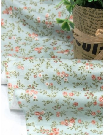 Ткань 100 % Хлопок, Розочки на голубом, Плотность 155 г/м2, ширина 110 см.