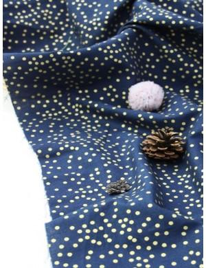 Ткань 100 % Хлопок, Золотой горох 3 мм на синем фоне . Плотность 155 г/м2, ширина 110 см.