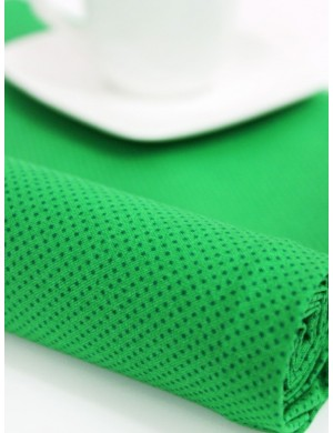 Ткань 100 % хлопок, Горошек на зеленом, ширина 110 см, плотность 155 г/м2, производитель Корея