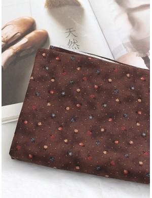 Ткань 100 % хлопок, Цветочки на коричневом фоне , ширина 110 см, плотность 155 г/м2, производитель Корея