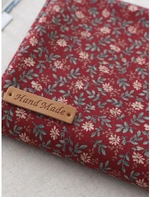 Ткань 100 % хлопок, Цветочные ветки на красном фоне, ширина 110 см, плотность 155 г/м2, производитель Корея