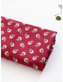 Ткань 100 % хлопок, Васильки на красном , ширина 110 см, плотность 155 г/м2, производитель Корея