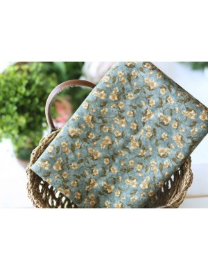 Ткань 100 % хлопок, Ретро цветы на синем фоне , ширина 110 см, плотность 155 г/м2, производитель Корея