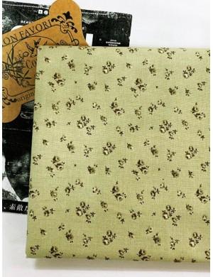 Ткань 100 % хлопок, Мелкие цветочки на зеленом фоне, ширина 110 см, плотность 155 г/м2, производитель Корея