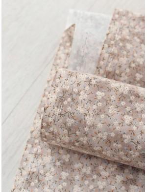 Ткань 100 % хлопок, Мелкие цветы на бежевом, ширина 110 см, плотность 155 г/м2, производитель Корея