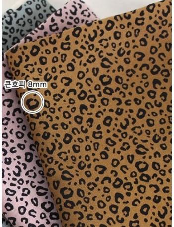 Ткань 100 % хлопок, Леопардовый принт, ширина 110 см, плотность 155 г/м2, производитель Корея