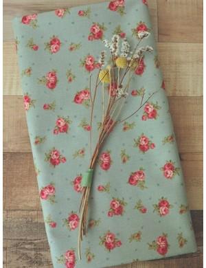 Ткань 100 % хлопок, Розочки на пыльно-зеленом фоне, ширина 110 см, плотность 155 г/м2, производитель Корея